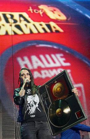 Лусинэ Геворкян стала обладательницей премии «Чартова дюжина» в номинации «Солистка»!