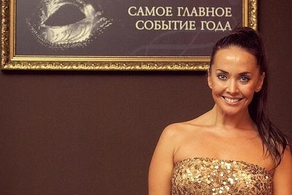 Фриске вернулась в Россию после лечения от рака